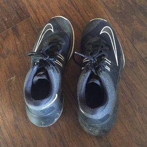 Nike basketball shoes 7.5